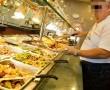 Németországban néhány étterem büntetést fizettet a vendégekkel, ha túl sok ételt hagynak a tányéron.