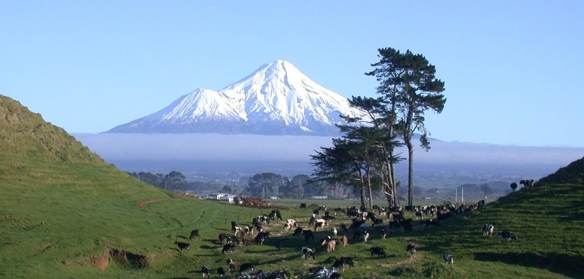 taranaki-mountain-1