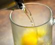 Miért igyunk reggel langyos citromos vizet?