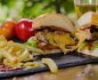 A vendéglátóhelyeken étkezők szervezetében magasabb a ftalátszint ( műanyagok lágyítására használják )